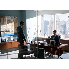 Matt Durant painting in SUITS Season 4, the office of Mike Ross