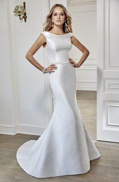19dc574e9ac8 17 Best Ronald Joyce Wedding Dresses images | Alon livne wedding ...