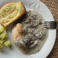 caiet cu retete: Piept de pui cu sos de ciuperci