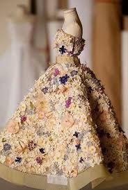 Afbeeldingsresultaat voor theatre de la mode dior haute couture in miniature