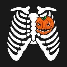 It's always Halloween inside my heart 🎃 Halloween Fotos, Retro Halloween, Halloween Prints, Creepy Halloween, Halloween Horror, Halloween Party, Halloween Stuff, Halloween Ideas, Halloween Queen