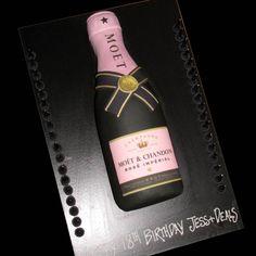 champagne bottle cupcake cake | Champagne bottle large - Moet pink - That's My Cake