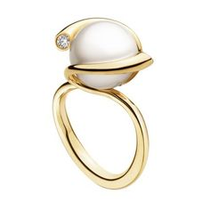 Georg Jensen Magic pearl ring set in Gold with diamonds. Available at Sarah Layton Jewellers, Whalley, Lancashire. Pearl Jewelry, Jewelry Art, Jewelry Rings, Jewelry Accessories, Fine Jewelry, Fashion Jewelry, Jewellery, Pearl Rings, Diamond Jewelry