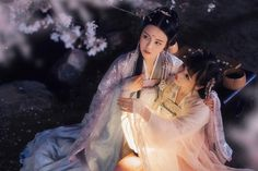 Cute Korean Girl, Traditional Chinese, Hanfu, Chinese Art, Pretty Pictures, Asian Beauty, Lgbt, Cosplay, Character Design