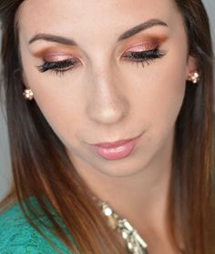 Easy and Simple Cranberry Smokey eye makeup tutorial, perfect for the holidays! This look only uses 3 eyeshadows and doesn't require a wing liner! Make it as subtle or dramatic as you want, but this smokey eye tutorial is perfect for beginners who want to look a little glam for the holidays! #wingedlinersubtle #wingedlinereasy #wingedlinersimple