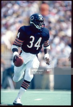 Nfl Football Games, Nfl Football Players, American Football Players, Bears Football, Football Helmets, Football Stuff, School Football, Sport Football, Nfl Photos