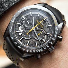 Omega Speedmaster Dark Side Of The Moon Apollo 8 Watch Hands-On #omega #speedmaster #watches #menswatches #menswear