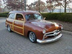 KUSTOM 1950 Ford Woody