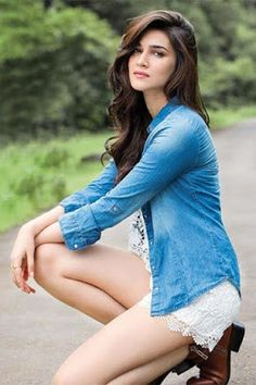"""- Kriti Sanon, who has only done three films -- """"Heropanti"""", """"Dilwale"""" and """"Raabta"""" since venturing into Bollywood in says it has been a slow start Bollywood Stars, Bollywood Images, Indian Bollywood, Bollywood Celebrities, Bollywood Girls, Bollywood Fashion, Beautiful Bollywood Actress, Beautiful Indian Actress, Beautiful Celebrities"""