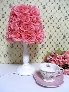 I ADORE this rose lampshade!