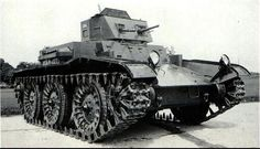 T7 Combat Car was based on the T1 Combat Car light tank and was made between 1937 and 1938 and theoretically, it was a pretty reasonable vehicle, that could go both with and without tracks on the road, much like the Christie designs. Its main armament (M2 .50cal machinegun) was however already obsolete for its time, despite the fact that a 45mm gun could possibly fit in the relatively large turret.