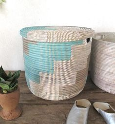 Toy Storage Basket With Flat Lid