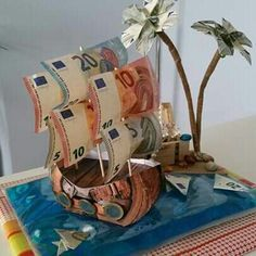 A boat that Jack Sparrow of Pirates of the Caribbean is jealous of .- Ein Boot, auf das Jack Sparrow von Fluch der Karibik neidisch wäre A boat that Jack Sparrow of Pirates of the Caribbean would be jealous of - Diy Wedding, Wedding Favors, Wedding Gifts, Wedding Present Ideas, Diy Presents, Diy Gifts, Don D'argent, Money Games, Pirates Of The Caribbean