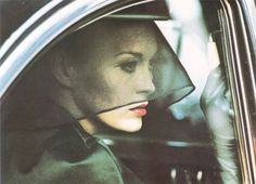 """Faye Dunuway in """" Puzzle of a Downfall Child"""" by Jerry Schatzberg (1972)"""
