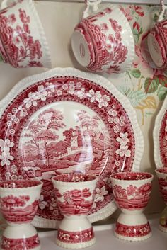 Transferware Antique Dishes, Vintage Dishes, Vintage Plates, Vintage China, Christmas Dishes, Red Christmas, White Dishes, China Patterns, French Country Decorating