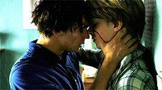 Happy Together — isak-valterson: Make a bow tie. Gay Mignon, Castiel, Ft Tumblr, Men Kissing, Cute Gay Couples, Happy Together, Boys Like, Boyxboy, North Sea