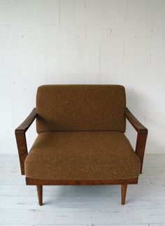 TORCH SOFA 1-SEATER WOOD ARM TYPE