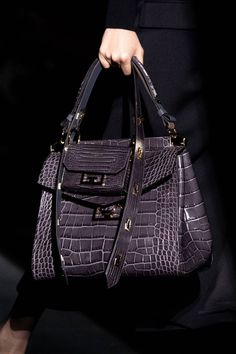Givenchy Fall 2019 Ready-to-Wear Fashion Show Details: See detail photos for Givenchy Fall 2019 Ready-to-Wear collection. Look 121 Snakeskin Boots, Crocodile, New Bag, Balenciaga City Bag, Givenchy Bags, Luxury Handbags, Designer Handbags, Designer Bags, Models