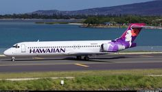 "Hawaiian Airlines Boeing 717-22A N485HA ""Palila"" taxiing out for a departure from Honolulu-International, July 2016. (Photo: Bill Shemley)"