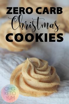 Make these low carb christmas cookies this holiday season and keep your keto diet intact. These sugar free C Keto Friendly Desserts, Low Carb Desserts, Low Carb Recipes, Keto Cookies, Cookies Et Biscuits, Meringue Cookies, Keto Postres, Galletas Keto, Keto Holiday