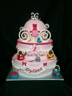 Cinderella Cake by Op en Top Taart Owl Cakes, Cupcake Cakes, Cupcakes, Cookie Cakes, Carriage Cake, Gateau Cake, Birthday Cake Girls, 5th Birthday, Birthday Cakes