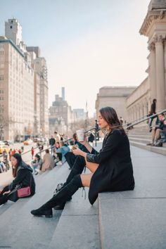 Locals Guide to NYC: How to Visit NYC Like a Local - Dana Berez Visit New York City, New York City Travel, Visit York, New York Pictures, New York Photos, Photographie New York, Nyc Pics, Voyage New York, Visiting Nyc