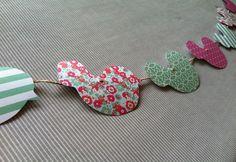 Guirlande papier oiseaux enfant rose et vert : Décoration pour enfants par l-atelier-cousette