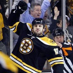 Milan Lucic..how do you like me now! SCORE!! Hockey Baby, Hockey Teams, Boston Sports, Boston Red Sox, Milan Lucic, Dont Poke The Bear, Boston Strong, Home Team, Boston Celtics