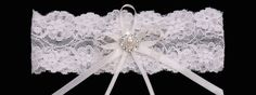 GR1687 from En Vogue Bridal accessories. Stocked at Cotswold Bride, Cheltenham