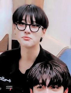 Yuehua Entertainment, Stage Name, Rapper, Gifs, It Cast, Kpop, Asian, Love Of My Life, Asian Guys