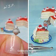 Celidonia Studio: Nuova miniatura, Pettirosso su torta in Pasta Sint...