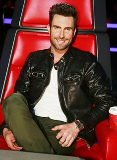 Adam Levine on The Voice !
