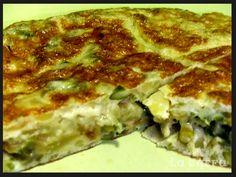 Tortilla de patatas y espárragos, una combinación perfecta que, seguro, os encantará. http://lachefa.es/2013/04/04/tortilla-de-esparragos/