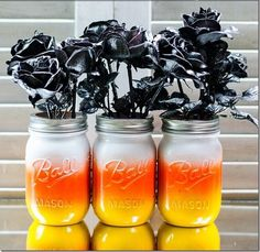 DIY Halloween : DIY Candy Corn Mason Jars DIY Halloween Decor - probably do this with differently shaped jars or vases, I'm over mason jars for everything Bricolage Halloween Simple, Fall Halloween, Halloween Crafts, Halloween Party, Halloween House, Halloween Stuff, Halloween Kitchen, Happy Halloween, Halloween Flowers