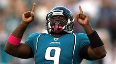 March 20, 2012    Dolphins sign QB David Garrard. The Dolphins have a new quarterback but it's not Peyton Manning or Matt Flynn, or even Alex Smith. Miami has signed … David Garrard, who didn't play in 2011 after the Jaguars released him just before the start of the season. He subsquently needed back surgery and wasn't declared healthy until recently.  http://www.cbssports.com/nfl/blog/eye-on-football/17909740/dolphins-sign-qb-david-garrard