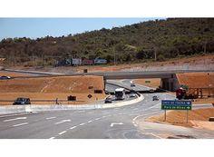 Concessionária e multada por atrasar obras http://www.passosmgonline.com/index.php/2014-01-22-23-07-47/geral/10168-concessionaria-e-multada-por-atrasar-obras