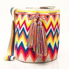 Guajira Mochila Bag. Handicraft by the Wayúu tribe in #Colombia. Visit our website: http://www.going2colombia.com/
