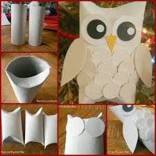 Resultado de imagen para adornos navideños hechos con rollos de papel higienico Autumn Crafts, Nature Crafts, Owl Crafts, Preschool Crafts, Art For Kids, Crafts For Kids, Paper Owls, Toilet Paper Roll Crafts, Crafts To Make And Sell