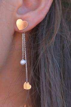 Kiama Jóias | Silver & Pearl Earrings ❤️ . . . #kiama #kiamajóias #silver #silverjewelry #jewelry #jewels #jewel #madeinportugal #socialenvy #fashion #bling #stones #stone #trendy #accessories #love #crystals #beautiful #ootd #style #fashionista #accessory #instajewelry #stylish #cute #jewelrygram #fashionjewelry #blogger #fashionblogger #earrings #silverearrings #customjewelry #brincos #brincosdeprata #brincosdepratapersonalizados