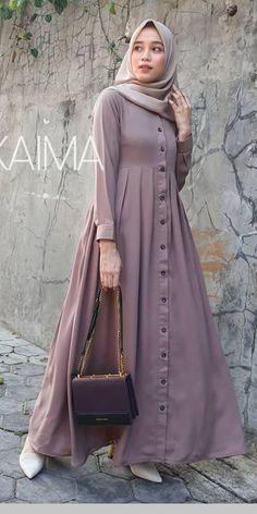 Long Dress Fashion, Modest Fashion Hijab, Modern Hijab Fashion, Muslim Women Fashion, Islamic Fashion, Abaya Fashion, Fashion Dresses, Fashion Tips, Mode Abaya