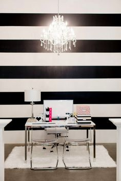 Exquisite Collection of Black and White Striped Interior That Will Blow Your Mind -