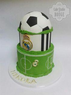 Real Madrid Soccer Birthday Parties, Soccer Party, 11th Birthday, Birthday Cake, Soccer Cakes, Sport Cakes, Beautiful Cakes, Amazing Cakes, Real Madrid Cake