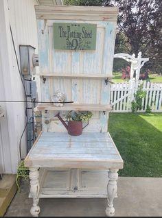 Garden Shop, Garden Art, Chicken Barn, Diy Door, Porch Swing, Outdoor Furniture, Outdoor Decor, Repurposed, Shed