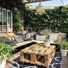 Goodmorning! Het is heerlijk buiten. Zelfs het zonnetje doet zijn best om door te komen. Helaas zal het strak gaan regenen. Happy Sunday!  #garden #mygarden #outdoors #nature #interiormagasinet #home #myhome #homesweethome #myhome2inspire #homestyle #inspiration #inspo #decoration #decor #homedecor #interior #interior4all #interiordesign #interiorstyling #interiordecor #binnenkijken #stoerwonen #industrial #showhometop5 #diy #instahome #style #interieur #tuin #interior123