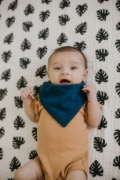 The Modern Burlap Organic Bib Bandana is the cutest accessory to any outfit for your babe! Kids Sleep, Baby Boy Fashion, Beautiful Children, Baby Bibs, Baby Gear, Baby Love, Boy Outfits, Cute Babies, Organic Cotton