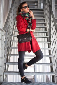 33 Cool Casual Winter Outfit to Go Hang Out - Femalinea Coats For Women, Clothes For Women, Vintage Mode, Casual Winter Outfits, Casual Fall, Casual Summer, Spring Outfits, Estilo Fashion, Ootd Fashion
