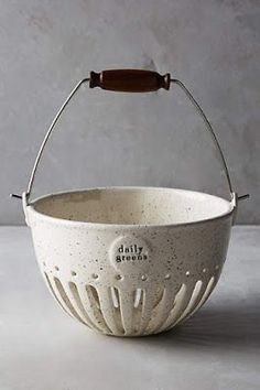 Discover unique sale house and home decor at Anthropologie. Shop sale furniture, bedding, rugs, kitchen accessories & more on sale. Pottery Bowls, Ceramic Pottery, Ceramic Art, Cozinha Shabby Chic, Kitchenware, Tableware, Serveware, Pottery Techniques, Kitchen Collection