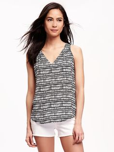 Patterned V-Neck Cut-Out Tank for Women Product Image