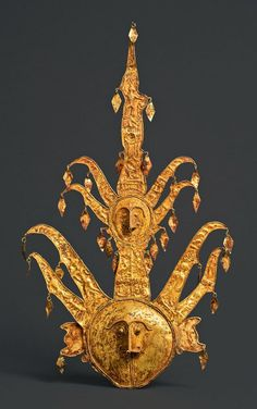 Indonesia ~ Moluccas, Luang | Headdress ~ 'Wutulai' ~ gold | 18th - 19th century