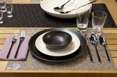 Heath Ceramics Coupe Dinnerware with iittala accents Heath Ceramics, Decorative Items, Dinnerware, Table Settings, Tableware, Cutaway, Dinner Ware, Decorative Objects, Dining Ware